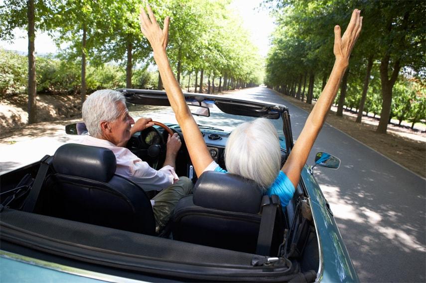 Potvrzení o zdravotní způsobilosti řidičů seniorů při řízení motorového vozidla v zahraničí